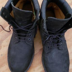 🤔🤔 boots.  Make offer